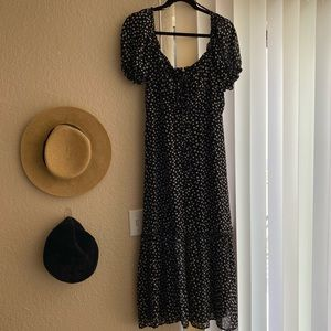 Daisy Print Maxi Dress with Puff Sleeves
